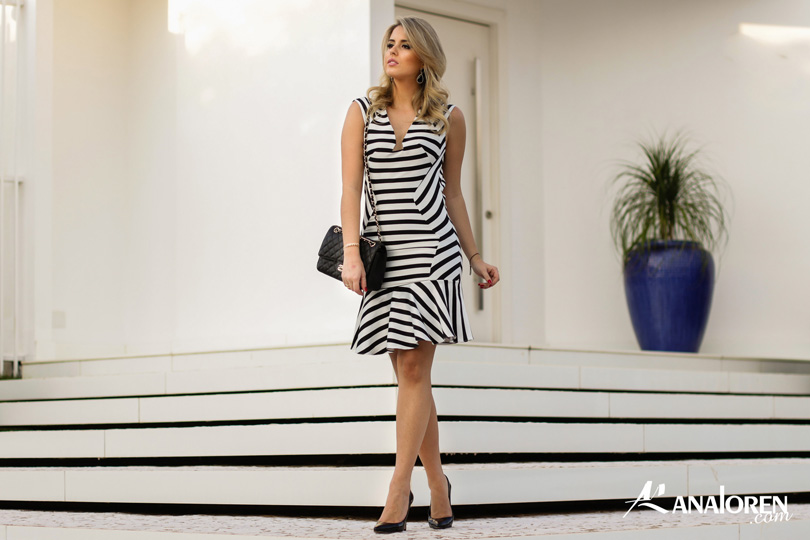 Marina Casemiro,vestido, stripes, analoren, look, decote nas costas, babado, bolsa chanel-10