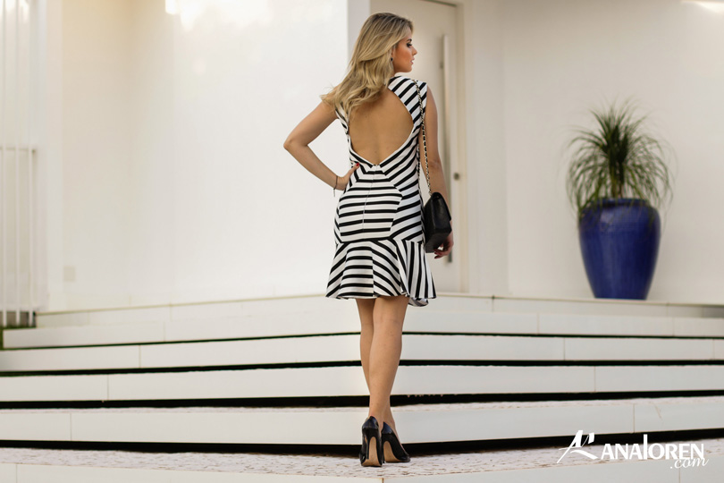 Marina Casemiro,vestido, stripes, analoren, look, decote nas costas, babado, bolsa chanel-7